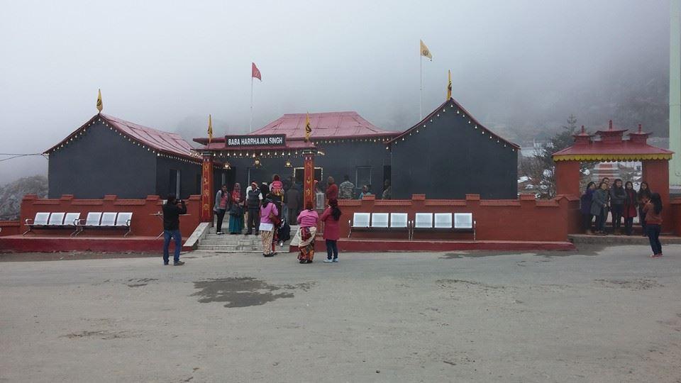 Baba-Harbhajan-Singh-Mandir-Nathula-Pass