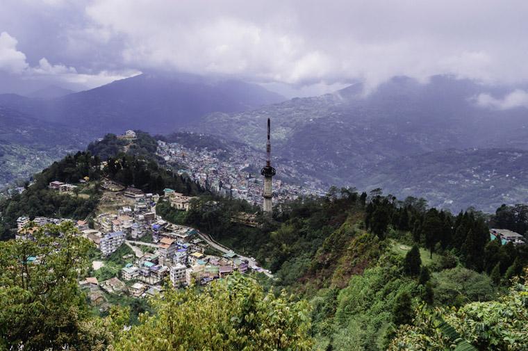 Birds-Eye-view-of-Gangtok-City-from-Ganeshtok