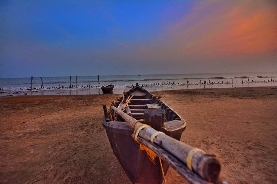 Fishing-Boat-on-Tajpur-Sea-Beach