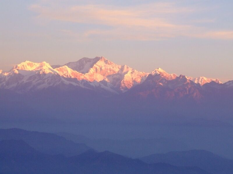 Kanchenjunga-as-seen-from-Jhandi-Dara-View-Point-Lava-Lolegaon