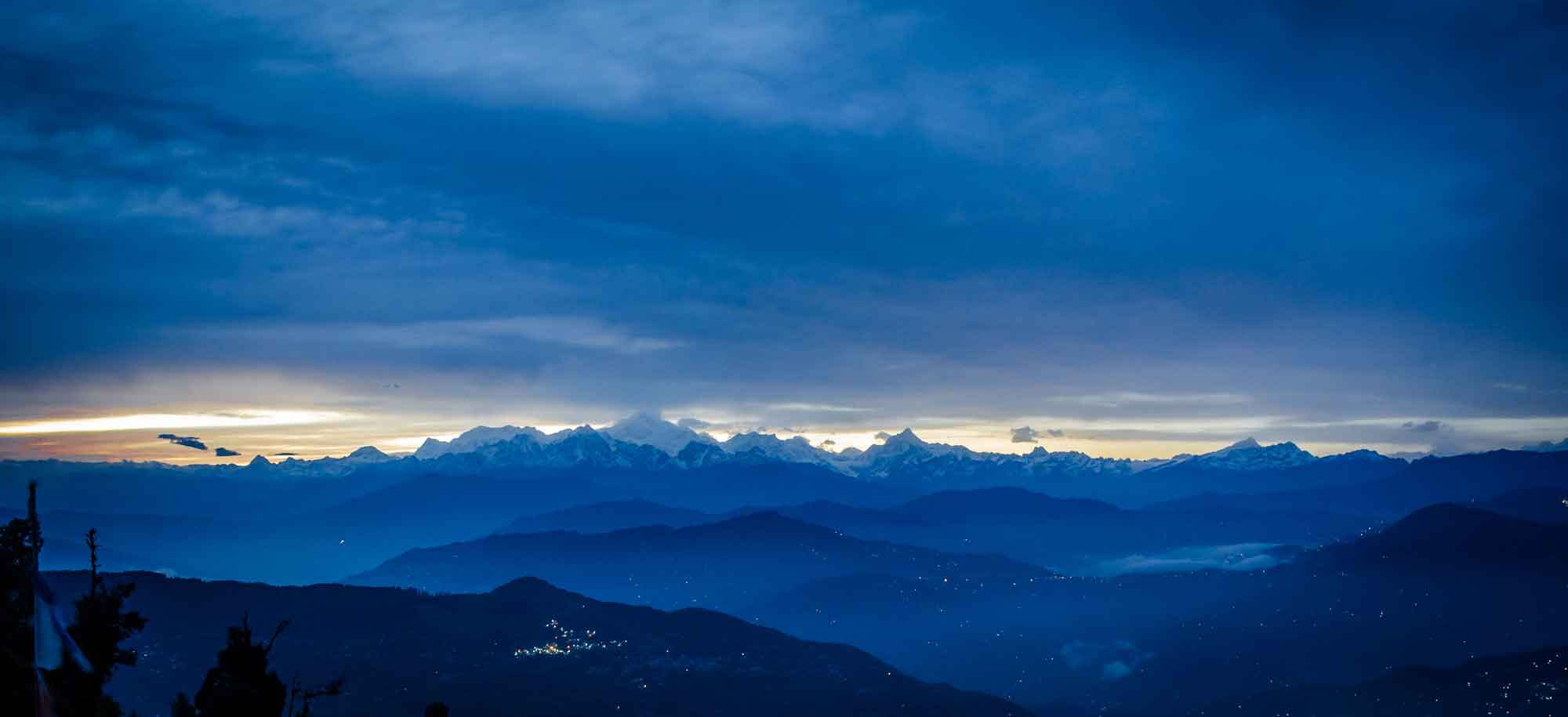 Kanchenjunga-as-seen-from-Lava-Lolegaon-in-winters