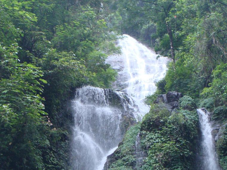 Mandakini-Waterfalls-Nathula-Pass