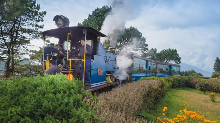 The-Darjeeling-Himalayan-Railway