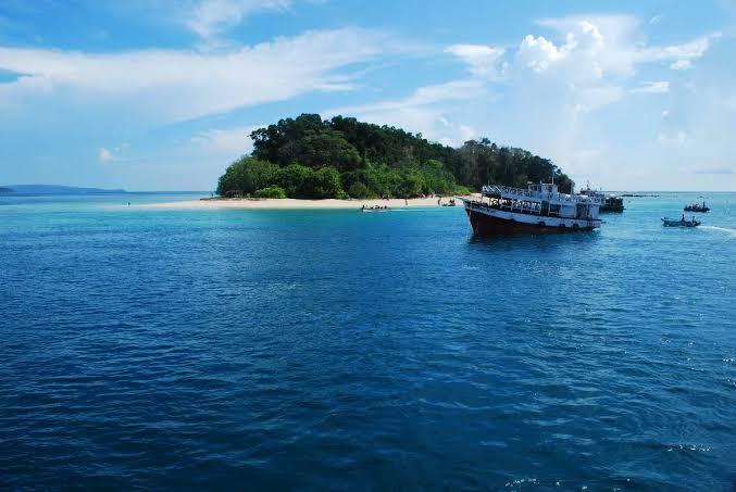 Mahatma Gandhi Marine National Park and Jolly Buoy Island